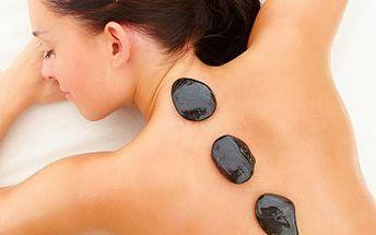 Jen 349 Kč za luxusní celotělovou masáž horkými lávovými kameny. 53% sleva
