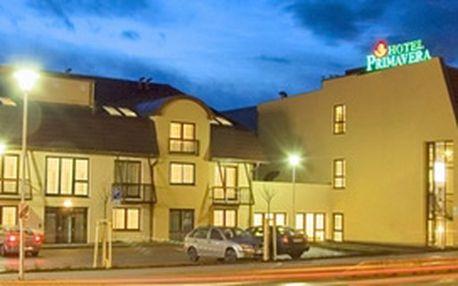 Nabízíme Vám Velikonoční pobyt pro dvě osoby ve čtyřhvězdičkovém hotelu PRIMAVERA v Plzni. Přijďte si užít dvě noci v tomto hotelu za bezkonkurenční cenu 2590 Kč.