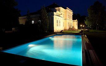 SUMMER LOVE v štýlovom kaštieli Chateau Földváry pre 2 osoby na 2 noci (3 dni) a vstupom do AQUAPARKU RÁBA QUELLE. Neopakovateľná romantika len teraz so zľavou až 51% a platnosťou CityKupónu až do 30. 9. 2011 !
