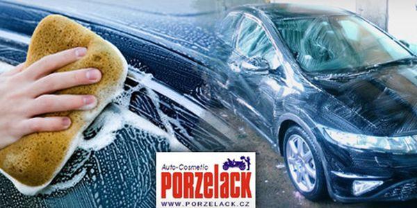 Opravdu důkladné komplexní ruční čištění auta (venkovních ploch i interiéru), odsolení po zimě, oživení laku moderní autokosmetikou Porzelack a voskování se slevou 51 % za skvělých 1 299 Kč!! Oživte své auto po zimě a dopřejte si ten úžasný pocit jízdy v