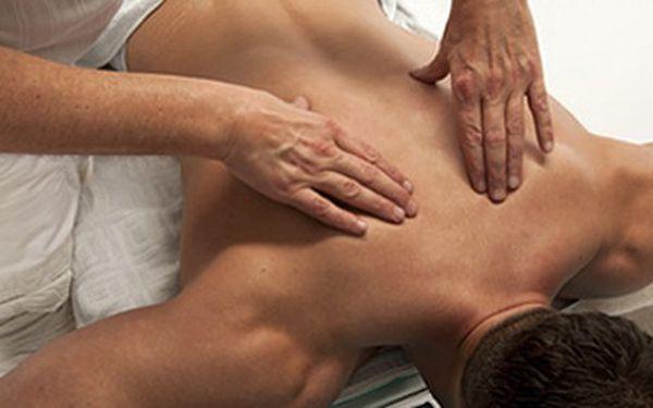 Trápí Vás bolesti zad? Uvolňující zdravotní masáž od profesionálního fyzioterapeuta za pouhých 400 Kč!