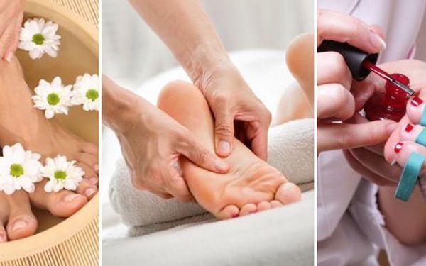 99 Kč za kompletní péči o vaše chodidla včetně příjemné masáže v klidu a pohodlí vašeho domova. Nohy jako v bavlnce s 50% slevou.
