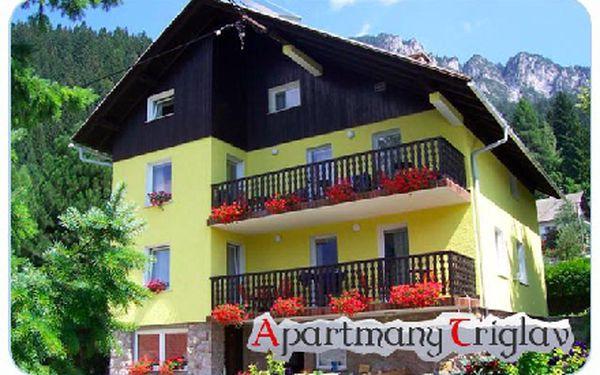 Ubytování pro 2 osoby na 2 noci ve Slovinsku v apartmánech Triglav s výhledem na Julské Alpy včetne Triglavu.