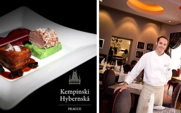 999 Kč za SEDMICHODOVÉ degustační menu PRO DVA v restauraci Le Grill hotelu Kempinski. Vrcholná gastronomie v přepychovém menu a sleva 60 %