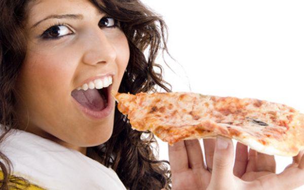 POUZE V HOTOVOSTI: Jen 99 Kč místo až 272 Kč za italskou večeři PRO DVA! Vychutnejte si 2 pizzy, 2 porce těstovin nebo to zkombinujte a dejte si jedny těstoviny a jednu pizzu! Pravá italská bašta za pakatel!