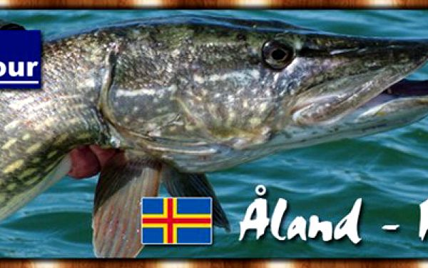 SEN TŘÍ RYBÁŘŮ, lov trofejních štik na Alandech ve Finsku. Nevšední týdenní rybářský zážitek se slevou 44%. Ušetříte celkem 19 734 Kč !