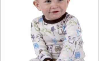Sleva 10% na pyžamko JOHA z funkčního materiálu veselým potiskem, vhodné pro holčičky i kluky. Velikosti : 60, 70, 80, 90. Materiál: 85% merino vlna, 15% hedvábí