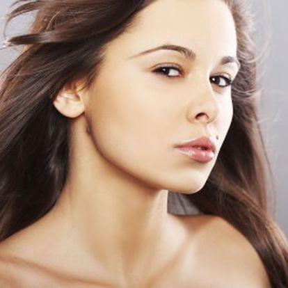 Od 900 Kč za přírodní narovnání a ozdravení vlasů se slevou 40%