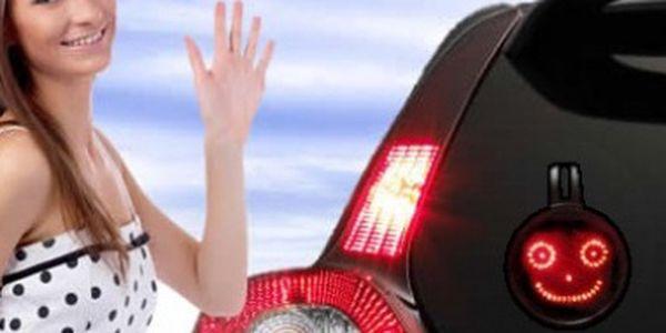 Prima novinka do Vašeho auta. Řídíte a někdo Vám udělal radost, líbí se Vám nebo Vás naštval ... blikněte na něj SMAJLÍKEM :-) a vyjádřete své pocity.