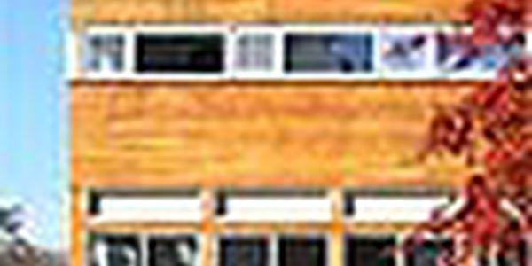 """Bakrylex Lazura 0210 Dub 3 l vodouředitelná tenkovrstvá lazura na dřevo - jako luxol,lazurol obsahuje včelí vosk - lazura je kvalitnější a má krásnější vzhled Používá se pro lazurovací nátěry dřeva, zejména """"nepřesných"""" dílů, jako jsou pergoly"""
