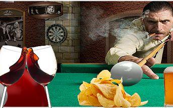 Hodina kulečníku dle Vašeho výběru s občerstvením: dvě piva, vína nebo dvě Kofoly a k tomu ještě chipsy!