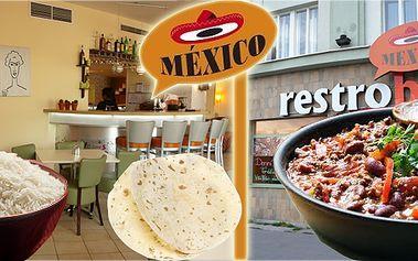 Výborné chilli con carne v pravé mexické restauraci s rýží a tortillou!