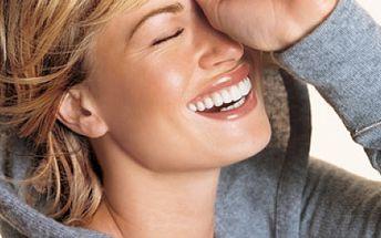 Chcete změnit svůj vzhled? Chcete získat cenné rady z oblasti líčení? Zajděte si na JARNÍ FOTOPROMĚNU a to za pouhých 399 Kč! Ve studiu krásy Vás odlíčí, ošetří pleť, nalíčí a poté zachytí proměnu na fotografii!