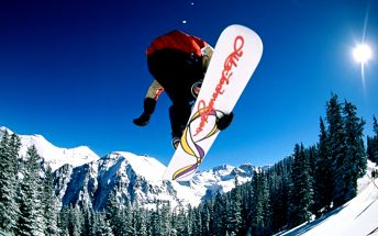 Špičkový servis Vašich lyží a snowboardů se slevou 60% zajistí značkové švýcarské stroje MONTANA!
