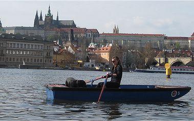 Zapůjčení lodičky na Slovanském ostrově (hodina) až pro 4 osoby. Prohlédněte si pražské památky přímo z vody!