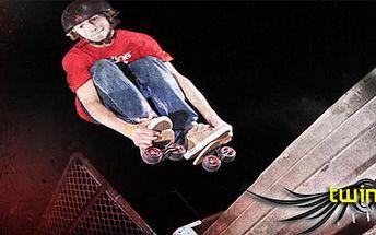 Zahoďte kolečkové brusle a omračte kolemjdoucí jízdou na Twinboardech! 1 pár této sportovní novinky s námi nyní získáte s 51% slevou za pouhých 1274 Kč. Propadněte nové alternativě skateboardu, snowboardu a surfingu, která nabízí spoustu netušených možnos