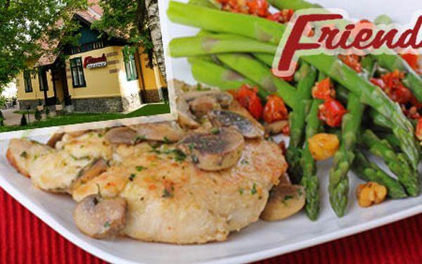 Vychutnajte si kurací steak na šampiňónoch so špargľou v blízkosti starého nitrianského pivovaru len za 3,50€. Výborné jedlo vo FRIENDS WOMEN RESATURANT so zľavou 51%.