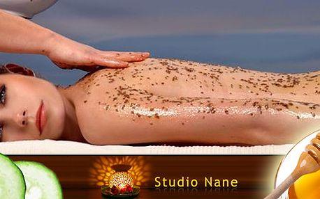 Dvě hodiny relaxace a detoxikace ve Studiu Nane. Medová detoxikační masáž, okurkový zábal a relaxační masáž nohou spojená s luxusním kávovým peelingem pro zjemnění pokožky!