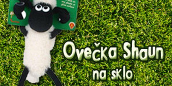 Zpestřete svému drobečkovi zdlouhavou jízdu automobilem. Měkká plyšová ovečka Shaun poslouží nejen jako dekorace, ale i jako zábava. Nyní za cenu 240,-Kč + doprava 79,-Kč.