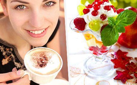 Sladké jarní pokušení. Výtečný zmrzlinový pohár s našlehanou vídeňskou kávou! Osvěžení plné vitamínů se slevou 57%.