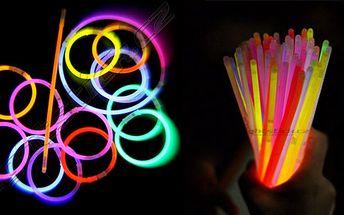 100 kusů svítících náramků Lightstick za neuvěřitelnou cenu 149 Kč!! Vaše párty bude nyní úžasnou zábavou! V balení je mix po 9 barvách!
