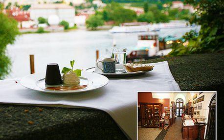 Pouhých 39 Kč za lahodné Espresso včetně čokoládového dezertu Královská pečeť + 50% sleva na vstup do oblíbeného Muzea Karlova mostu. Užijte si prima odpoledne!