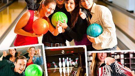 Strike! Ovládnětě profi bowlingovou dráhu. Užijte si s přáteli dvě hodiny bowlingu se slevou 50%.