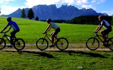 Jen 245 Kč za celkovou kontrolu a odborné seřízení jízdního kola s 50% primaslevou! Vyberte si ze 3 možností a vyražte na výlet do přírody bez obav!
