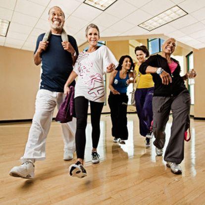 4 lekce zumby v centru Reebook Fitness Relax. Poslední šance zhubnout a dostat se do kondice před létem při úžasném spojení tance, aerobního pohybu a krásné latinsko-americké hudby.