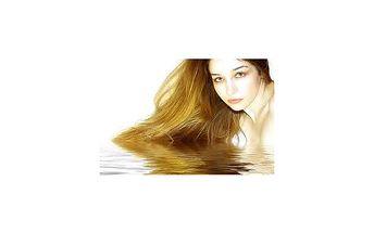 Dnešní sleva: Hloubková přístrojová regenerace pro Vaše unavené vlasy včetně mytí, foukání a stylingu za neskutečných 49,- Přijďte zrelaxovat do vlasového studia IN a dejte Vašim vlasům sílu s regenerací od špičkové značky L´Oreál.
