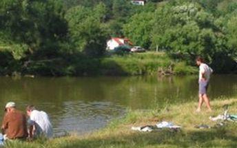Přijeďte si užít volných dní na malebný ostrov Zadní Třebáň. Nabízíme 50 % slevu na kempování ve stanech a karavanech.