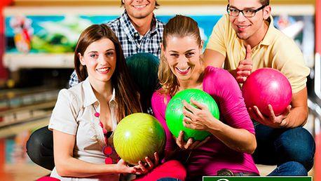 Hodina bowlingu s 50% slevou v jednom z největších a nejlepších bowlingových center v ČR! Vyrazte s partnerkou, kamarády nebo uspořádejte popracovní teambuilding jen za 195 Kč!