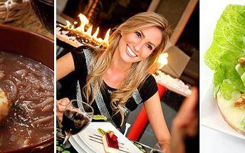 365 Kč za čtyřchodovou romantickou večeři pro DVA v hotelu Selský dvůr ve Vyškově. Speciální menu s afrodiziakálními ingrediencemi a 50% slevou.