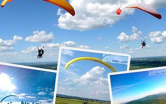 Vzneste se do oblak a prohlédněte si svět z ptačí perspektivy! Proleťte se a cenu nechte při zemi! Máme pro vás půl hodinový výškový let na motorovém padáku se slevou 50%.