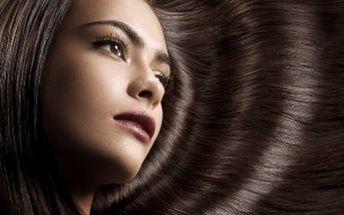 Jen 599 Kč za kompletní změnu účesu! Mytí, střih, barva či melír, regenerační maska, foukaná a styling s 50% primaslevou! Pro všechny délky vlasů!