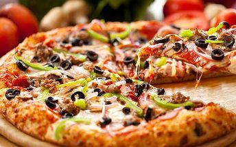 Pojďte si pochutnat na dvou pizzách podle vlastního výběru za cenu jedné! Kousek od Stodolní si můžete užít trochu středomoří za skvělých 109 korun.