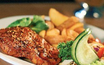 Neskutečná 54% SLEVA! Zajděte si na 150g kuřecí steak zapečený s rajčaty a mozzarellou s přílohou dle vlastního výběru za úžasných 67 Kč. Původní cena je 145 Kč! Dejte si skvělou pochoutku v příjemné restauraci Babylon v Ostravě.