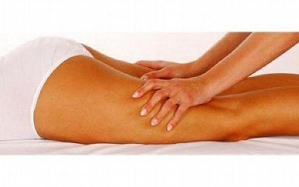 Dopřejte si hodinovou lymfatickou masáž celého těla, vyhlaďte celulitidu, zbavte se zdravotních problémů od oteklých kotníků po migrénu a buďte jak znovuzrozená!