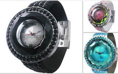 Vyberte si jedny z originálních a módních hodinek v různých barevných stylech z internetového obchodu www.superpiercing.cz. Hodinky získejte za skvělou poloviční cenu 499 Kč!