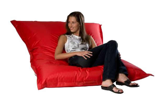 Pořiď si na zahradu nebo terasu ojedinělý kousek nábytku od firmy BAGSTORE, kupon se 60% slevou! Dnes KONČÍ!