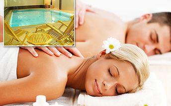 Maximální relaxace pro DVA! Hodina a půl báječného odpočinku s 55% slevou: 30minutová masáž Karibic Dream s orientálními oleji + 60 minut v bazénové zóně s vířivkou, saunou a bazénem s bočními proudy!