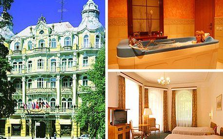S létem neoddělitelně souvisí relaxace a zábava. Nepropásněte tedy jedinečnou nabídku v luxusním wellness hotelu v Mariánských Lázních! Zažijte 4 úžasné dny pro dva v luxusním OREA Hotelu Bohemia a apartmánovém OREA Hotelu Anglický dvůr se slevou 26 %.