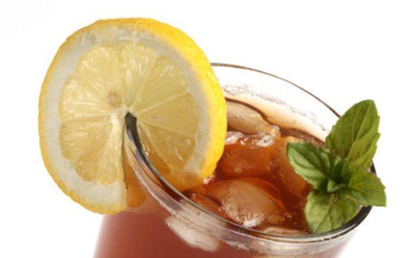 Osvěžujících 49 Kč místo 150 Kč za domácí ledový čaj a výtečné palačinky!
