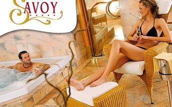 Exkluzivní sleva 77 % na tříhodinový wellness včetně masáže Karibic Dream pro DVA ! Jacuzzi, finská sauna, parní lázeň a fitness v luxusním Spa&Wellness hotelu Savoy*****