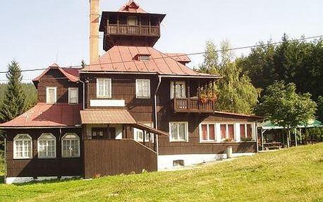 Vyrazte na dobrodružnou dovolenou do malebných Beskyd! Ve dvojici si užijte čtyři noci na horské chatě Prašivá za fantastických 800 korun!