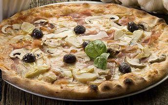 98 Kč za DVĚ pizzy dle výběru v Infinito Caffé Baru v Kroměříži. Capricciosa, Mexicana a další křupavé dobroty jako v Itálii se slevou 50 %.
