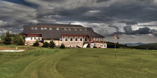 Dopřejte si 2 dny golfu na nejvýše položeném golfovém hřišti v ČR se slevou 42%. Golf Teplice - Cínovec, 1 osoba, 2 dny, 2x fee 18 jamek, 1 noc se snídaní, vše za 1390 Kč. Partner - negolfista jen za 790Kč.