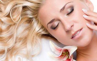 Exkluzívne ošetrenie pleti profesionálnou kozmetikou Primavera Andorrana – Germaine de Capuccini. Povrchové čistenie pleti, gumovací peeling, kyselina hylaurónová, bahenná alebo hydratačná maska a mikromasáž očného okolia.