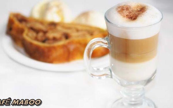 89 Kč za 2 VÝBORNÉ KÁVIČKY ČI horké čokolády a k tomu 2 DOMÁCÍ JABLEČNÉ ZÁVINY se šlehačkou. Zastavte se a užijte si báječnou chvilku s kamarádkou v Café Maboo!