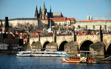 Luxusný 3-dňový pobyt v štýlovom 4* K+K Hoteli Fenix v historickom centre Prahy už od 149€ pre 2 alebo 1 osobu! Voľný vstup do wellness centra, bohaté raňajky so sektom a bioproduktami. Užite si luxus priamo v srdci zlatej Prahy so zľavou až do 65%!